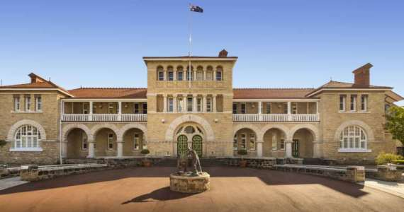 Go back in time! Australian historical attractions breathing with life - image big4-austaliano11 on https://www.deltafinancialgroup.com.au