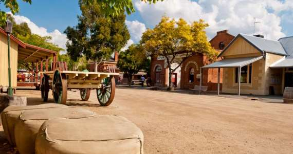 Go back in time! Australian historical attractions breathing with life - image big4-austaliano6 on https://www.deltafinancialgroup.com.au